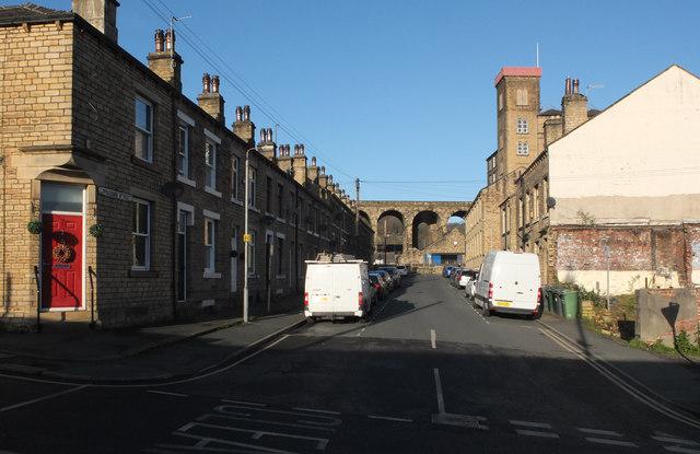 Lipscomb Street, Milnsbridge