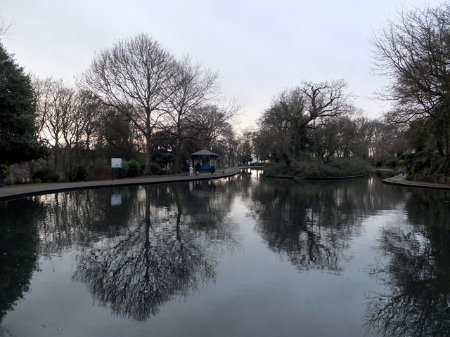 Lake, Crow Nest Park, Dewsbury