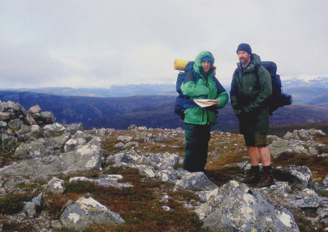 Route discussion on Carn Liath