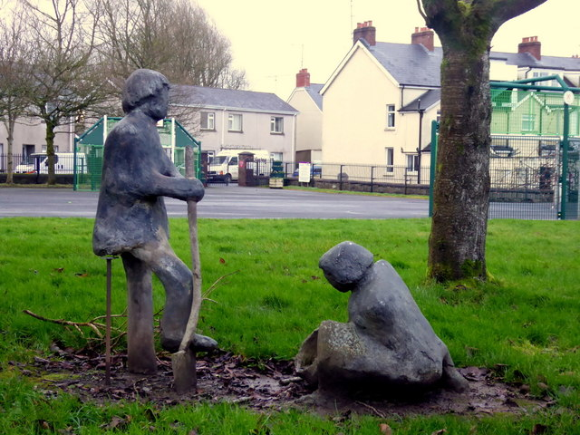 Digging Potatoes sculpture, Omagh