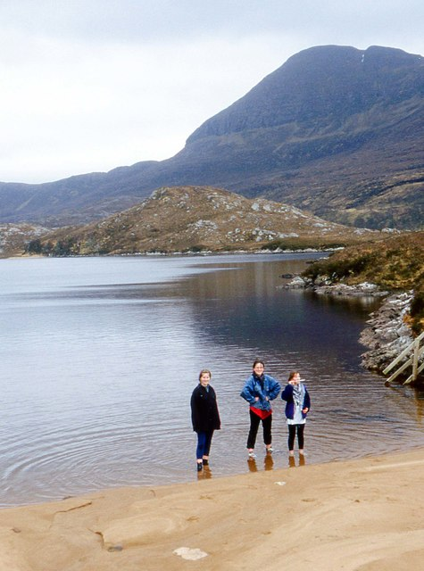 Small beach on Lochan Gainmheich