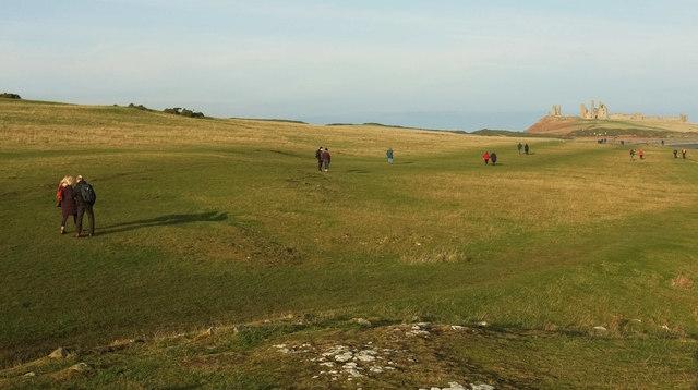 Coast path to Dunstanburgh Castle