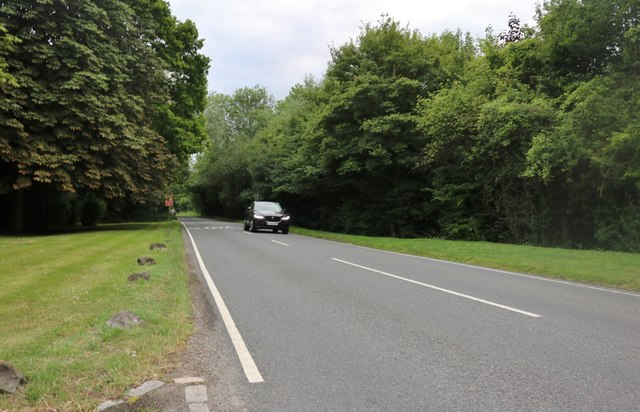 Dunmow Road, Pharisee Green