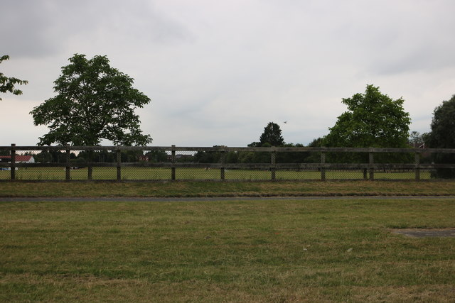 Playing fields by Bath Road, Thatcham