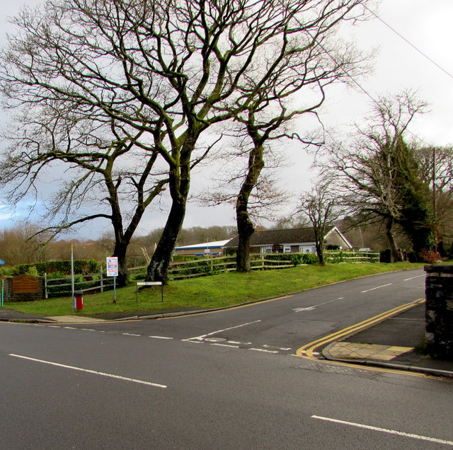 Junction of Dulais Road and Brynteg, Seven Sisters