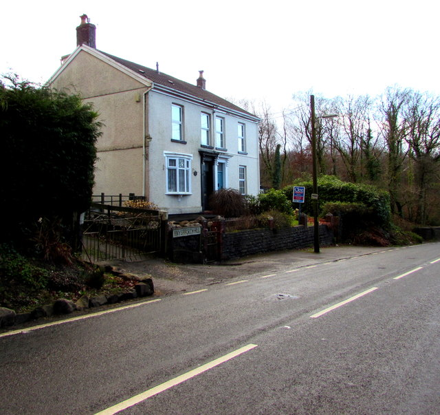 Ynysfforch Hill semis, Seven Sisters