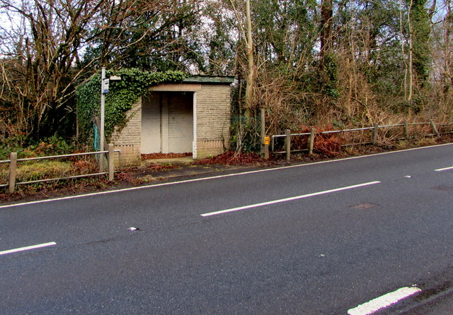 Bus shelter at the SW edge of Seven Sisters