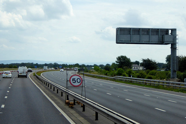 M6 Southbound, Mossband
