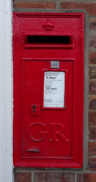 George V postbox on Main Road, Thorngumbald