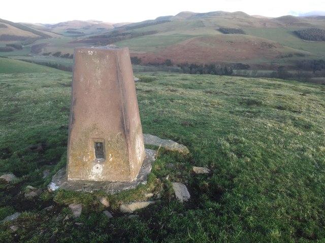 Triangulation pillar, Morebattle Hill