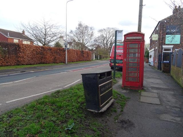 K6 telephone box on Main Road, Thorngumbald