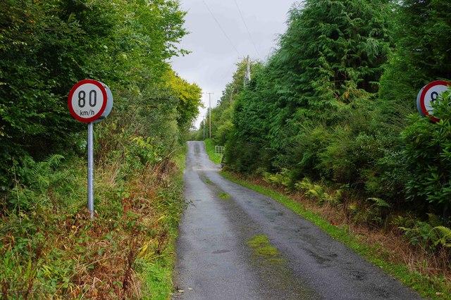 80 km/h speed restriction signs on Dromneavane near Kenmare, Co. Kerry