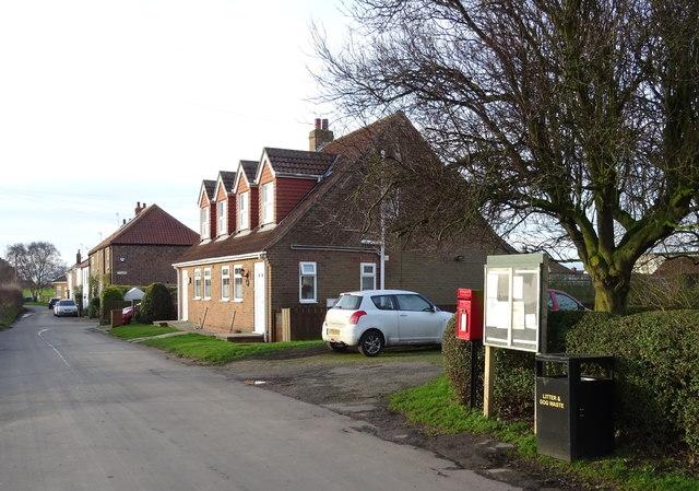 Houses on Marsh Lane, Ryehill