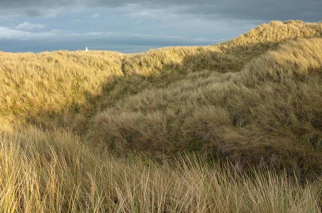 Dunes, Emmanuel Head