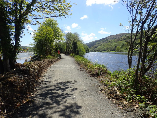 Sunny May morning on the Newry Greenway