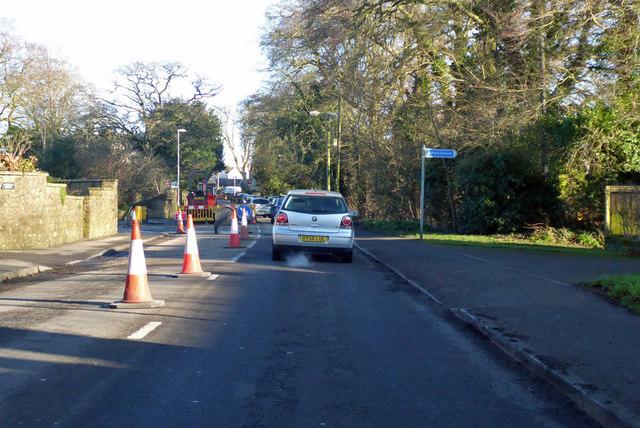 Road works on Cricklade Road, Highworth