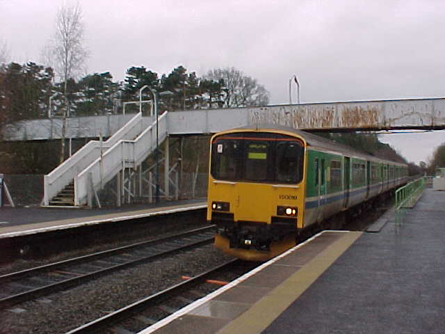 Footbridge at Lapworth station