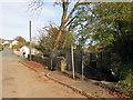 SN7507 : Llwybr yn gadael yr heol / Path exiting the road by Alan Richards