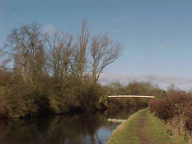 Kixley footbridge
