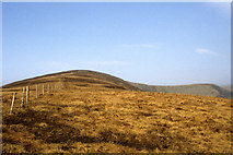 S2706 : View NNW to the summit of Seefin, Monavullagh Mountains, Co Waterford by Colin Park