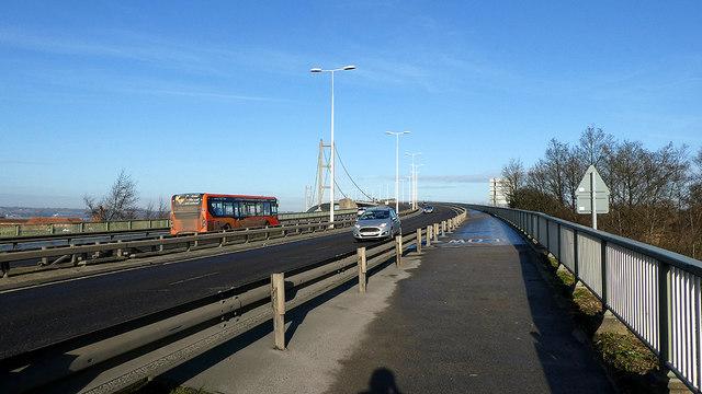 The eastern footpath across the Humber bridge