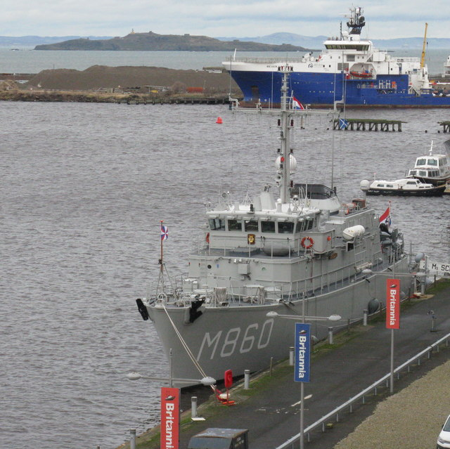 HNLMS Schiedam - M860