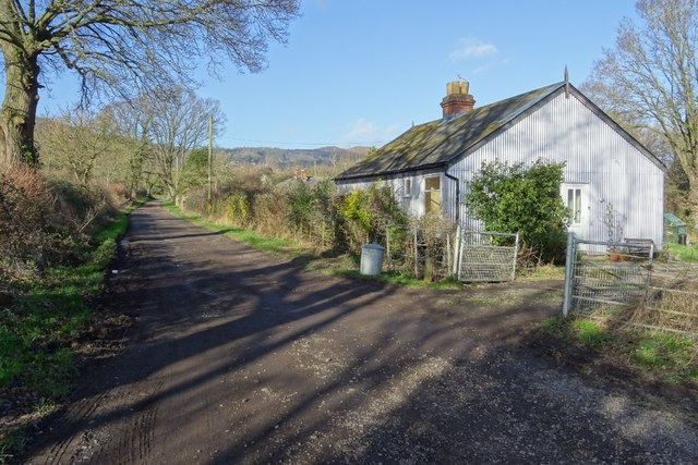 Bridleway and Oak Tree Cottage