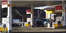 TQ2115 : Shell petrol station - Henfield, Sussex by Ian Cunliffe
