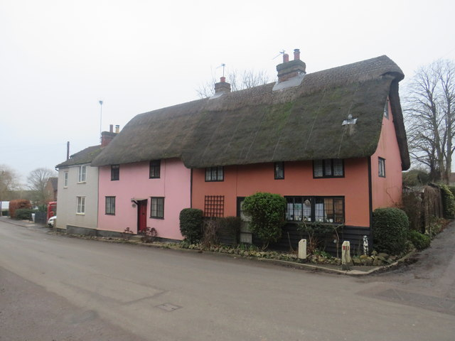 Thatched cottages in Clapgate, near Albury