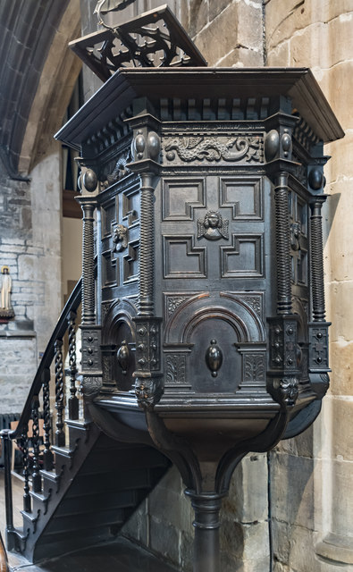 Pulpit, St Mary & All Saints' church, Chesterfield