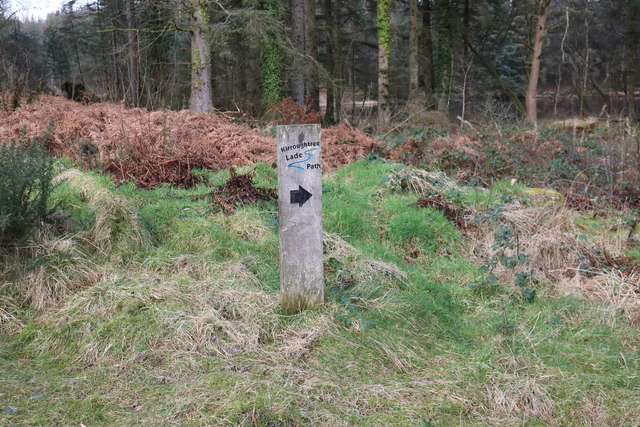 Kirroughtree Lade Path Marker