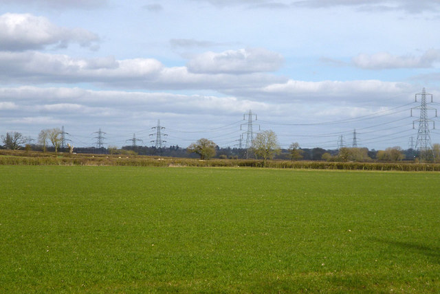 View with fields and power lines near East Claydon