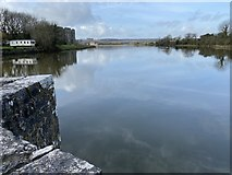 SN0403 : Mill pond at Carew by Alan Hughes