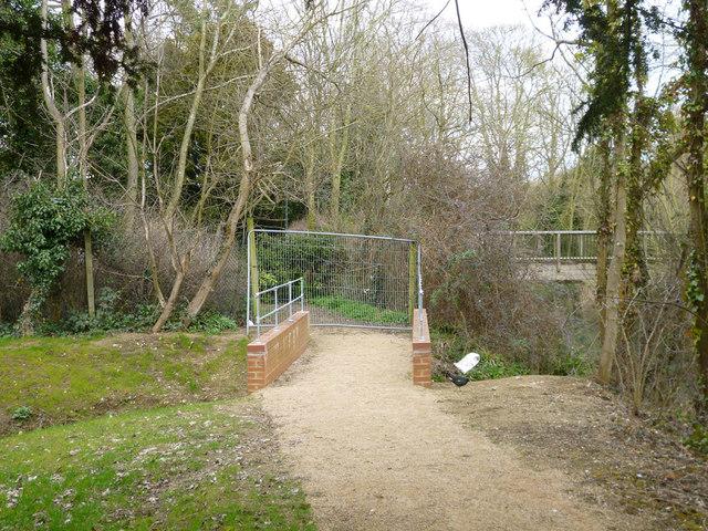 Blocked off riverside path, Buckingham