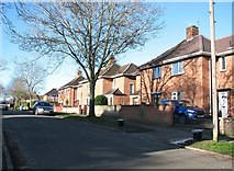 TG2206 : Houses in Friar Tuck Road by Evelyn Simak