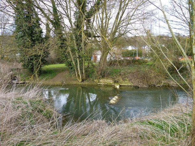 Broken weir,  River Great Ouse