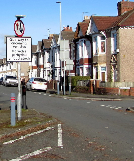 Give way to oncoming vehicles, Mendalgief Road, Newport by Jaggery