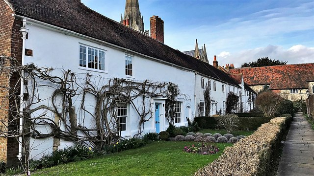 Row of houses SE of Chichester Cathedral