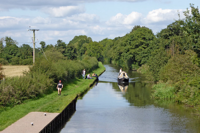 Staffordshire and Worcestershire Canal south of Penkridge