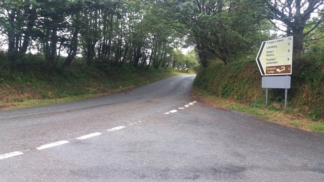 Road heading towards Trefgarn Owen