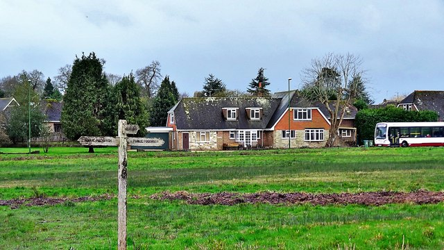 Houses on the south side of Henfield Common