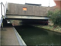 SP0685 : Worcester & Birmingham Canal by Graeme Reeves