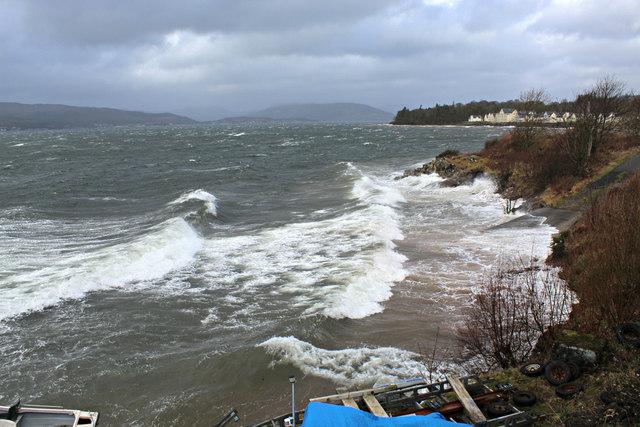 Stormy sea at Inverkip