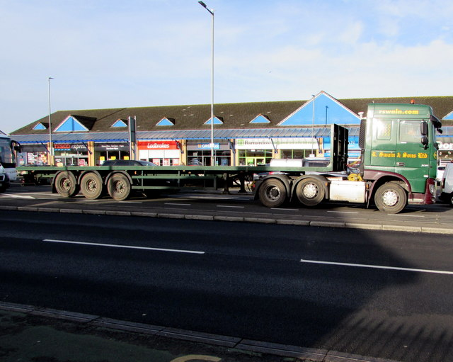 Swain articulated lorry, Malpas Road, Newport
