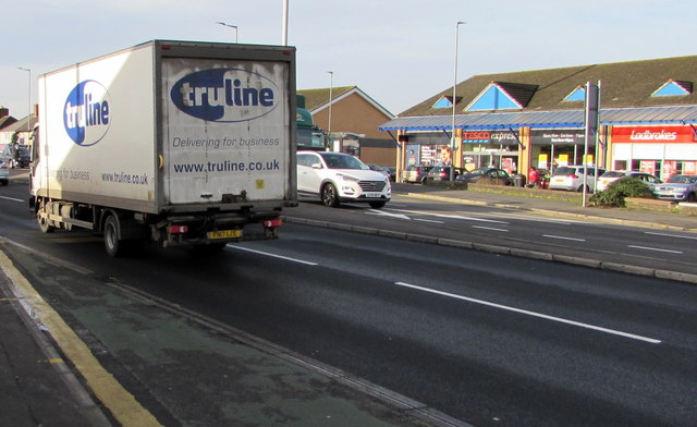 Truline lorry, Malpas Road, Newport