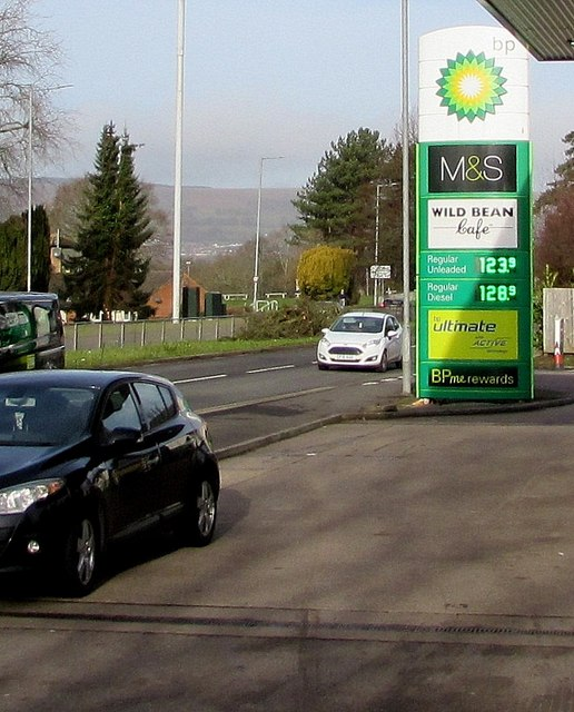 Valentine's Day 2020 BP fuel prices, Malpas Road, Newport