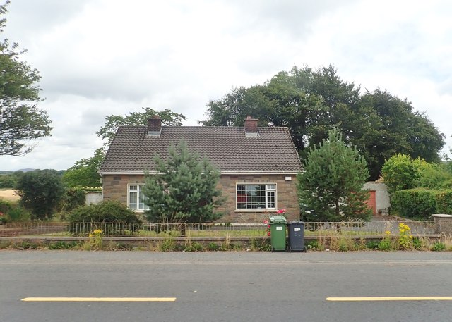 Bungalow on the R173 East of the Ballymascanlon Interchange