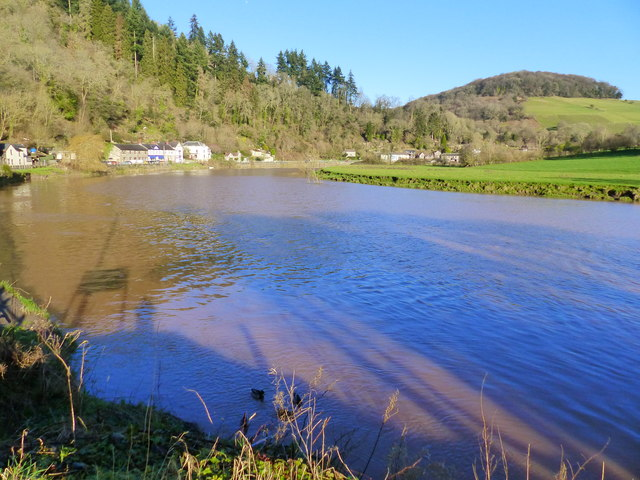 The River Wye at high tide, Tintern