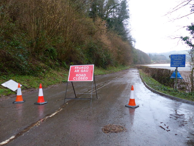 """Road closed"" close to Bigsweir bridge"