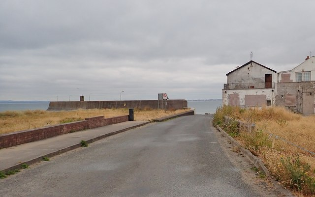 Service Road leading South-westwards to the landward end of the jetty at Gyles Quay